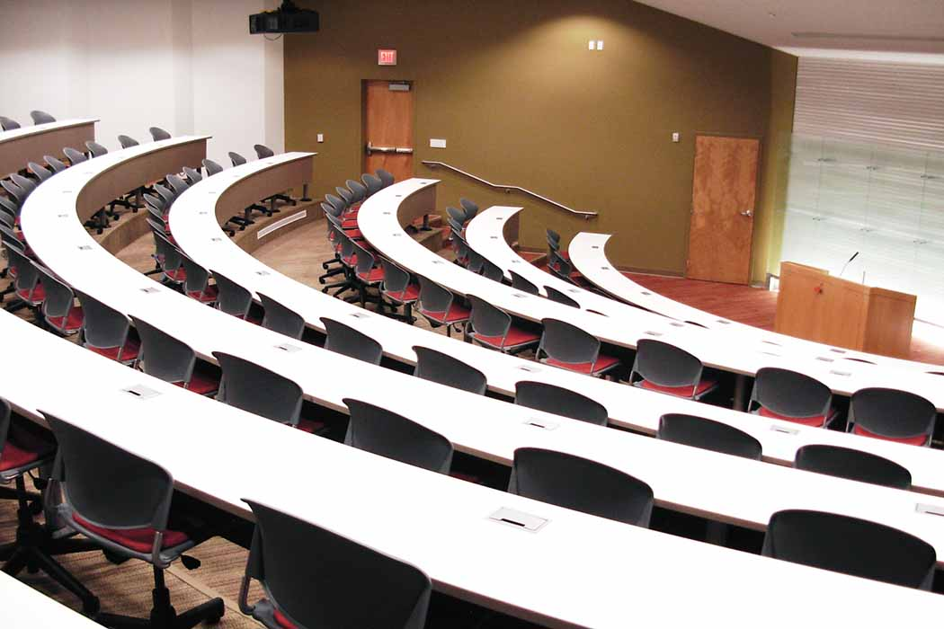 Hi5-aFIX-lecture-hall-auditorium-tables-14-e1418491585114
